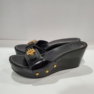 Tory Burch sandals size 7 black patent and gold